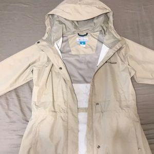 Columbia Women's Shrine Struck II rain jacket